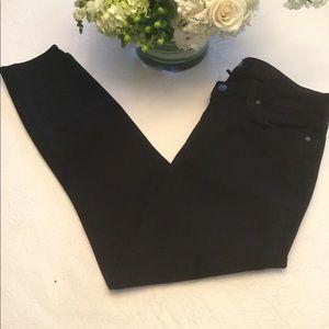 Paige Black Denim Hoxton Crop Jeans